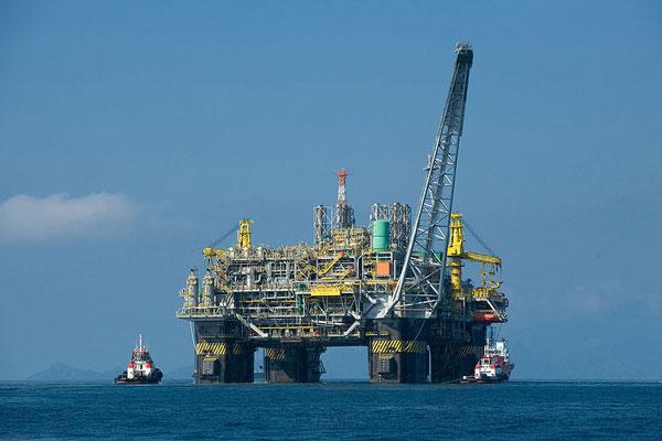 Naftos platformos